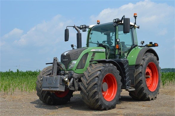 2014 Fendt 724 VARIO TMS Tractor For Sale