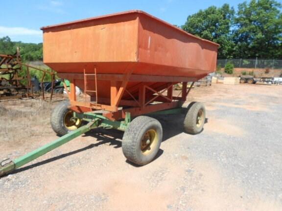 1985 John Deere 1065A Gravity Box For Sale