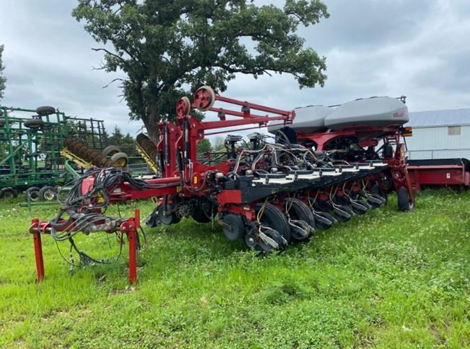 2013 Case IH 1255-16 Planter For Sale