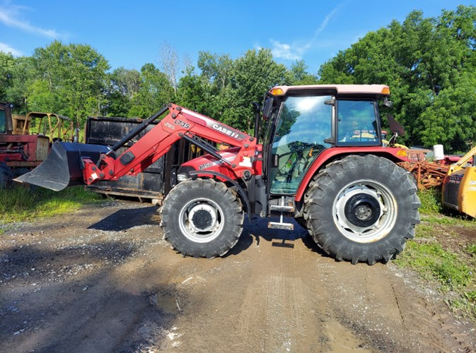 2013 Case IH 105U Tractor - 4WD For Sale