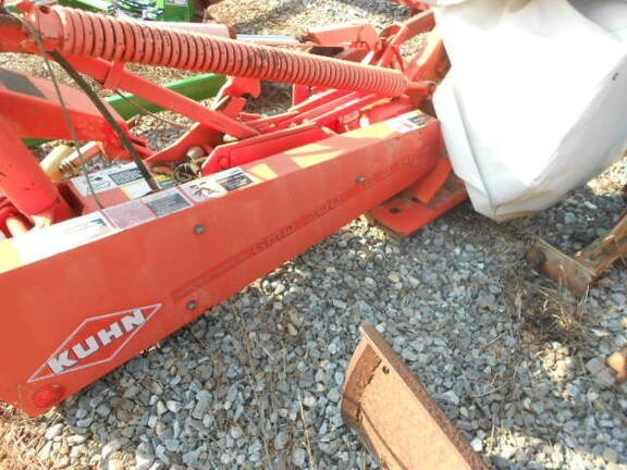 2010 Kuhn GMD700 Disc Mower For Sale