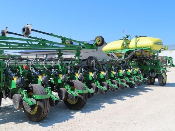 2021 John Deere 1775NT Planter For Sale