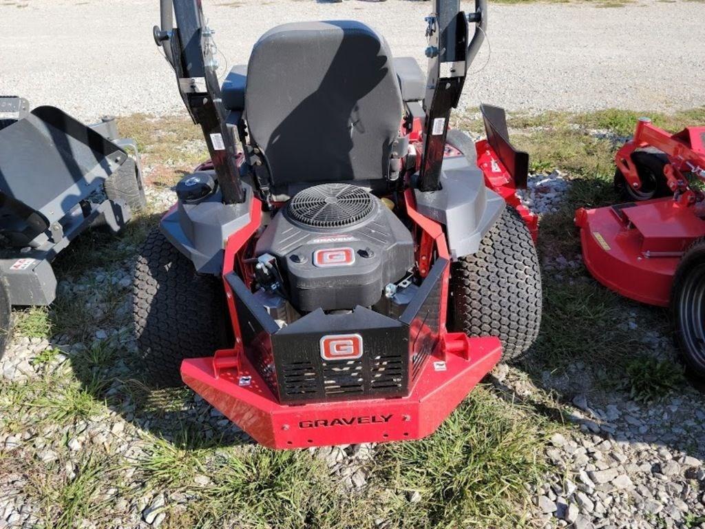 "Gravely Pro-Turn® Z 60"" Gravely Engine Image 4"