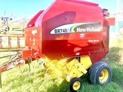 Baler-Round For Sale 2007 New Holland BR740A