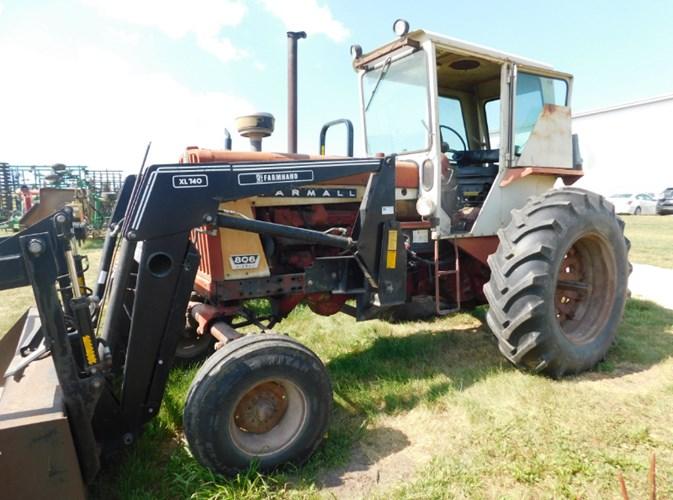 Farmall 806 Tractor For Sale