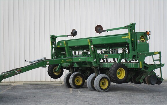 2004 John Deere 1535 Grain Drill For Sale