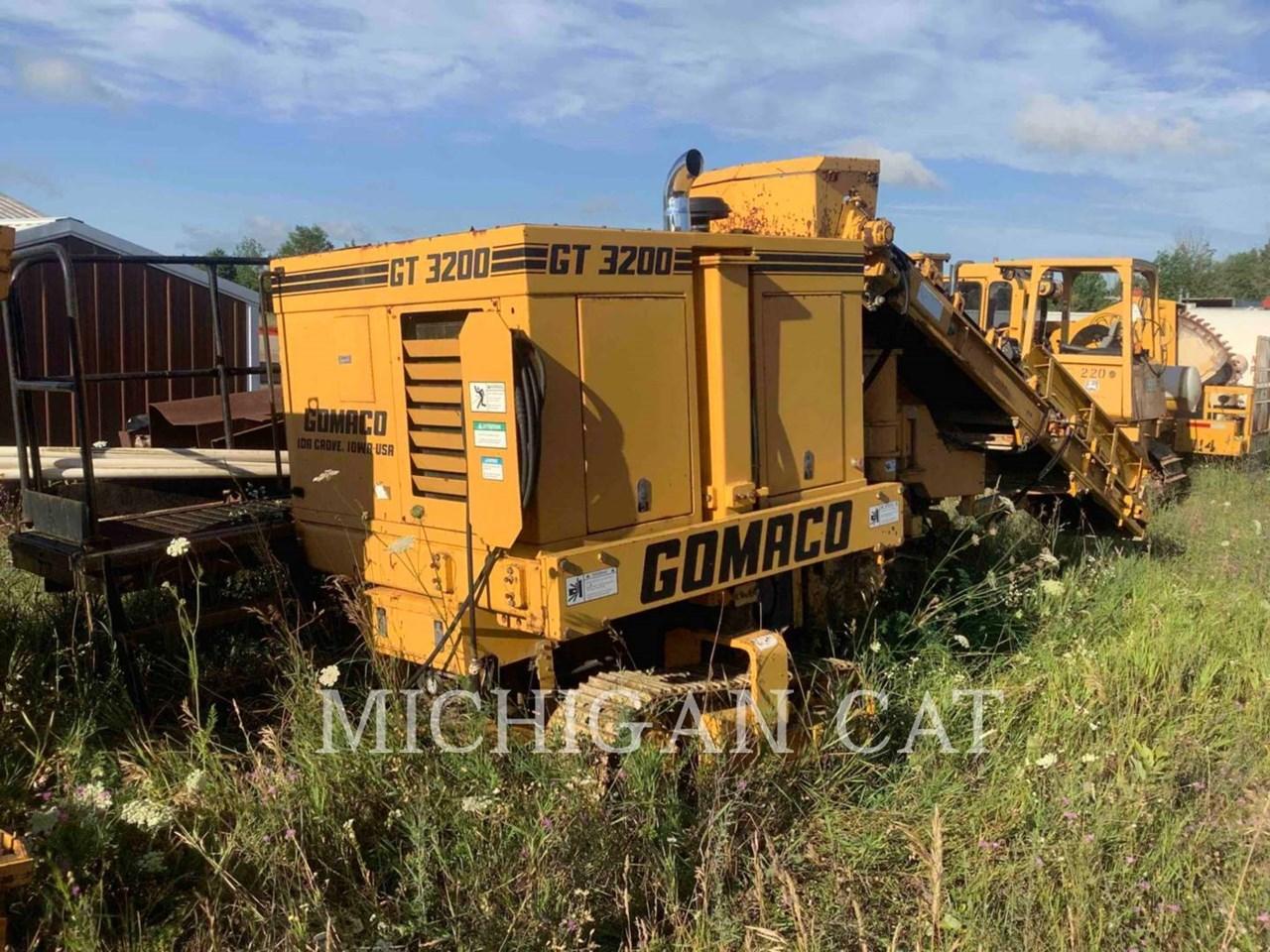 2000 Gomaco GT3200.CURB.MACHINE Image 10