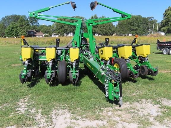 2021 John Deere 1765 Planter For Sale
