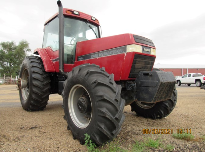 Case IH 7140 MFD Tractor For Sale