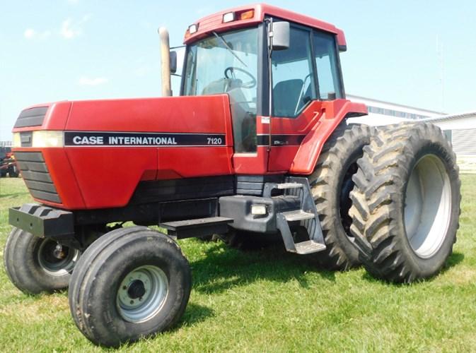 1990 Case IH 7120 Magnum Tractor For Sale