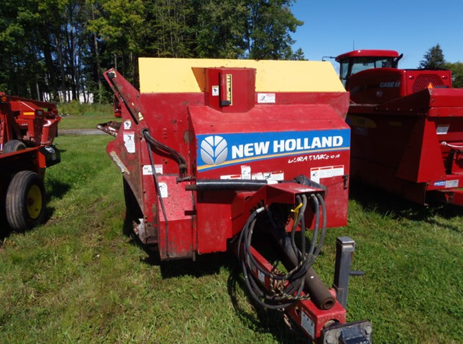2014 New Holland 2000S Manure Spreader-Dry/Pull Type For Sale