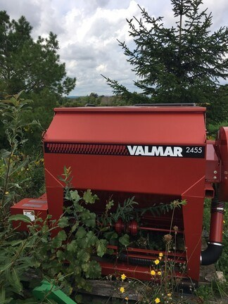 2014 Valmar 2455 Image 4