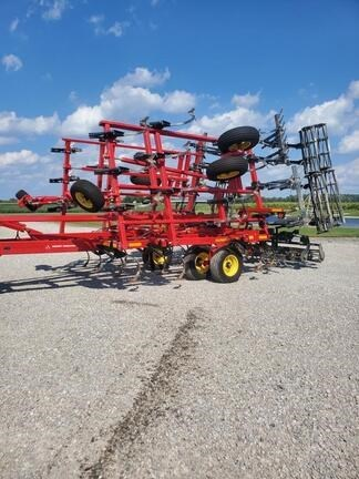 2016 Sunflower 5035 Field Cultivator For Sale