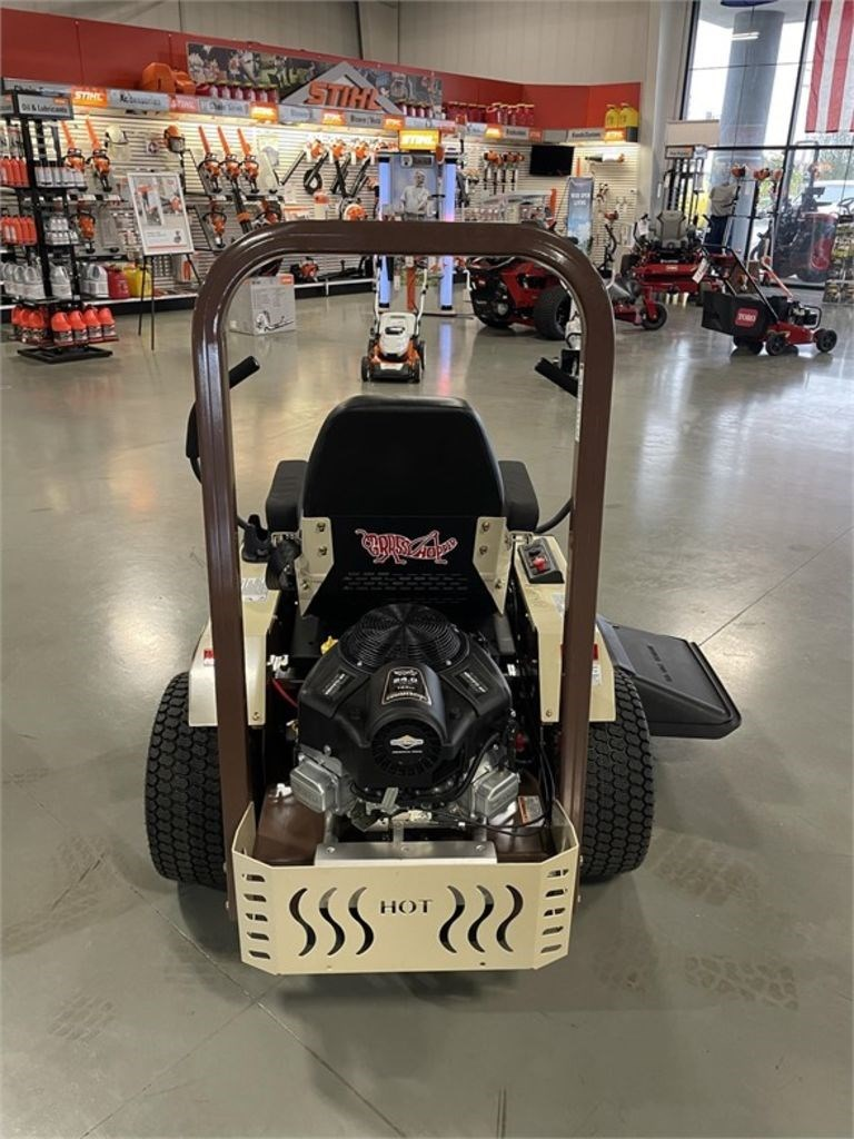 """2021 Grasshopper Midmount™ 100V Series 48"""" 124V Image 6"""