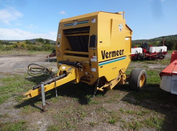 1999 Vermeer Ensiler Baler-Round For Sale