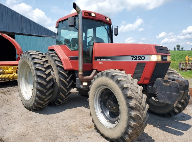 1995 Case IH 7220 Tractor - Row Crop For Sale