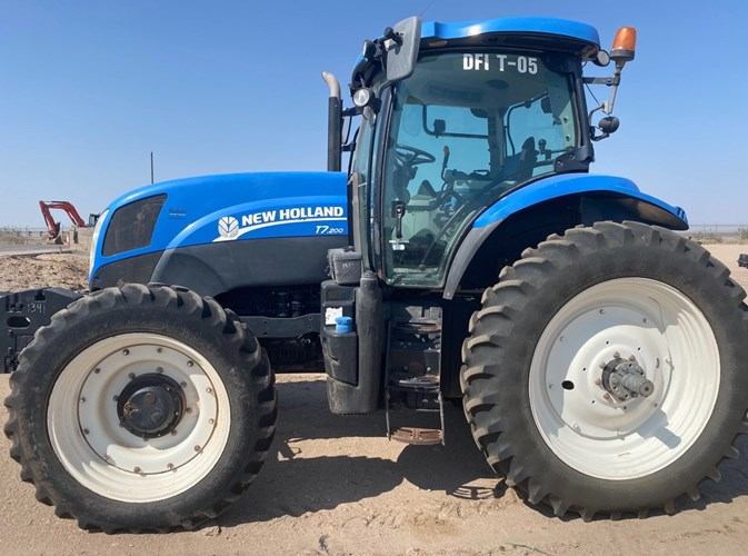 2012 New Holland T7.200 Tractor For Sale