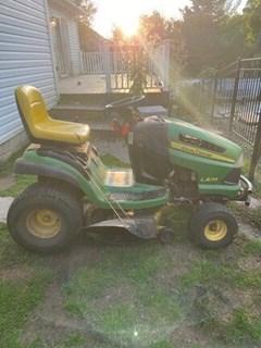 Lawn Mower For Sale 2009 John Deere LA135 , 20 HP