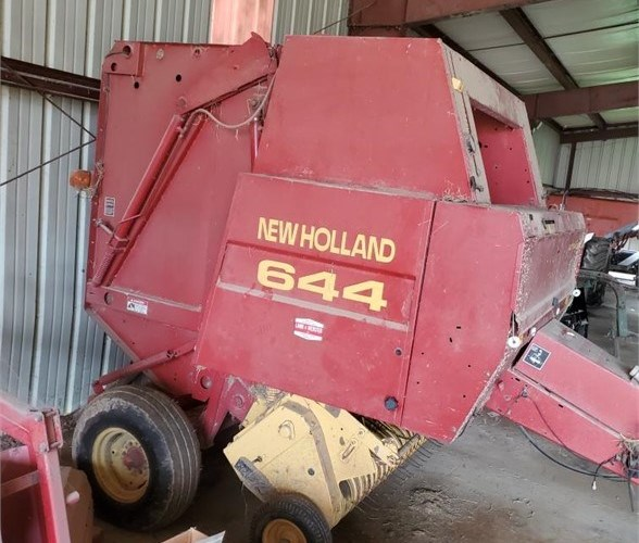 1997 New Holland 644 Baler-Round For Sale