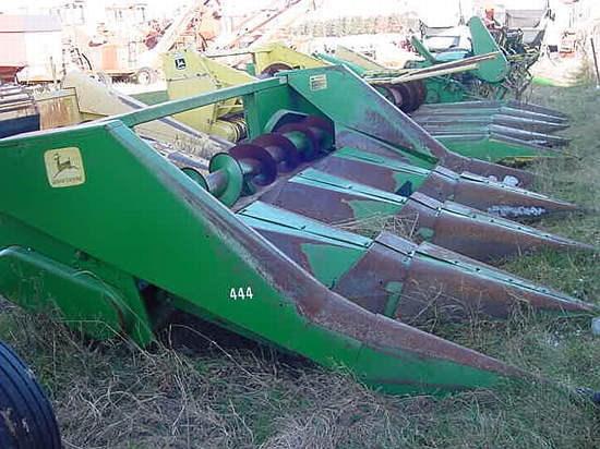 John Deere 444 Header-Corn For Sale