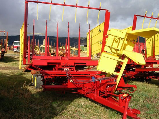 1984 New Holland 1037 Bale Wagon-Pull Type For Sale