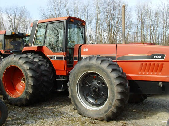 1983 IH 6788 Tractor For Sale
