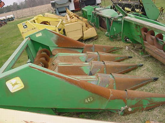 John Deere 443 Header-Corn For Sale