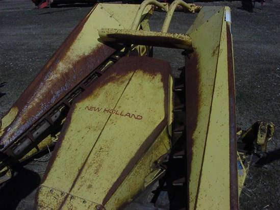 New Holland 717R2 Forage Head-Row Crop For Sale