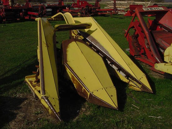 New Holland 770R2 Forage Head-Row Crop For Sale
