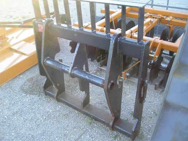 2006 New Holland LM FORKS Pallet Fork For Sale